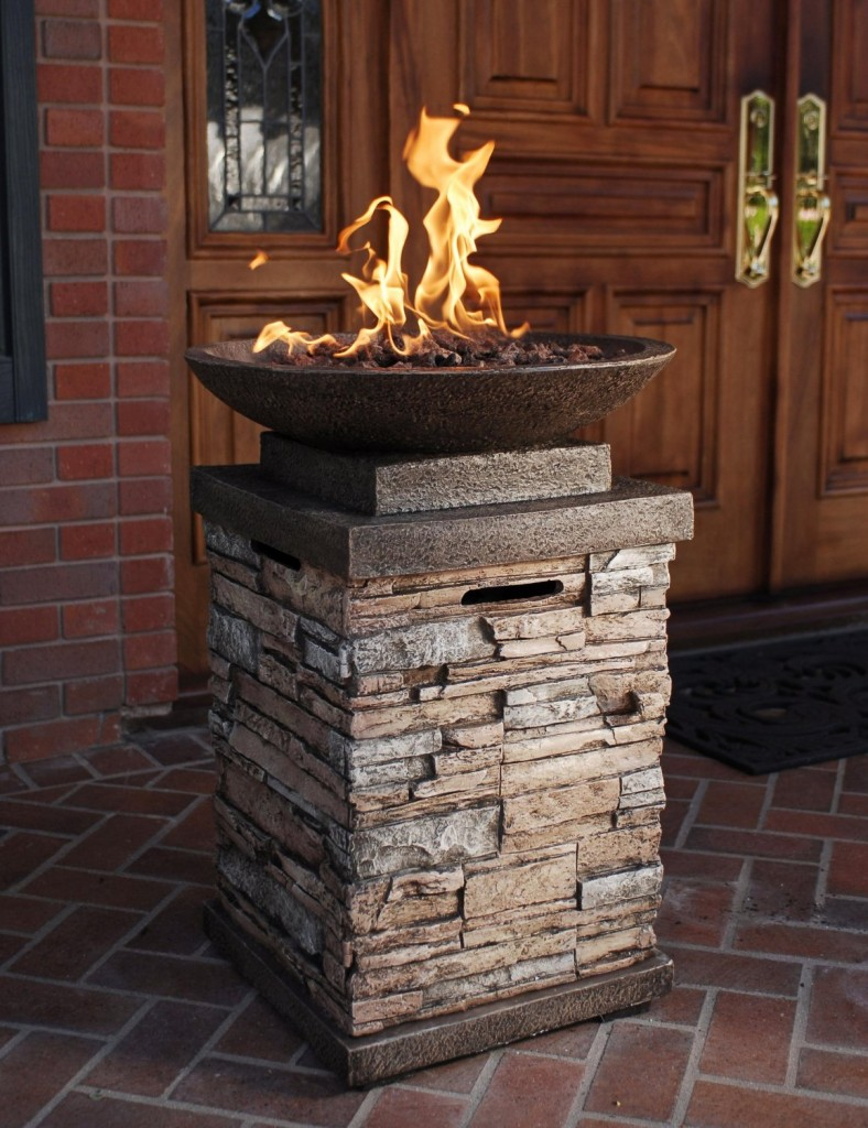 Bond 65046 Newcastle Liquid Propane Outdoor Firebowl with Lava Rocks and Cover