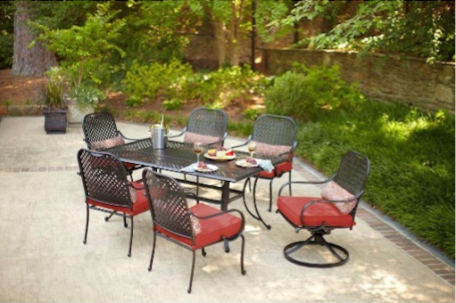 Hampton Bay Fall River 7 Piece Patio Dining Set With Dragon Fruit Cushion