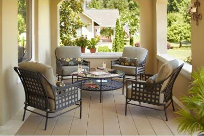 Lynnfield 5-Piece Patio Chat Set